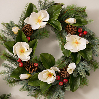 <p>Bring holiday cheer with seasonal wreaths</p>